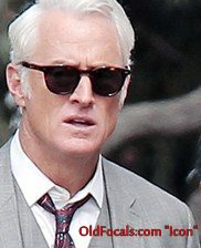 John Slattery as Roger Sterling wearing the Old Focals Icon frame.